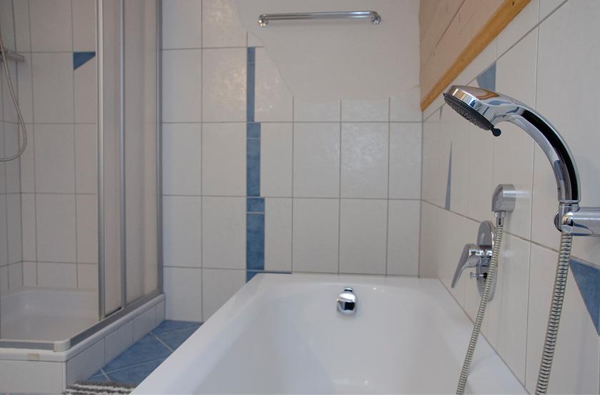 appartement_sonnenblume_esszimmer1_lechtal_appartements_holzgau_familie_ferienwohnungen_0004_DSC_0023
