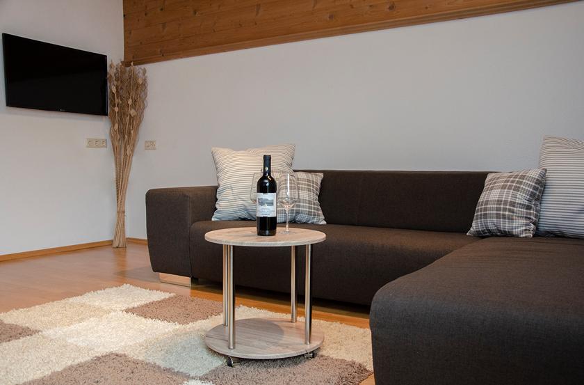 appartement_sonnenblume_esszimmer1_lechtal_appartements_holzgau_familie_ferienwohnungen_0008_DSC_0151
