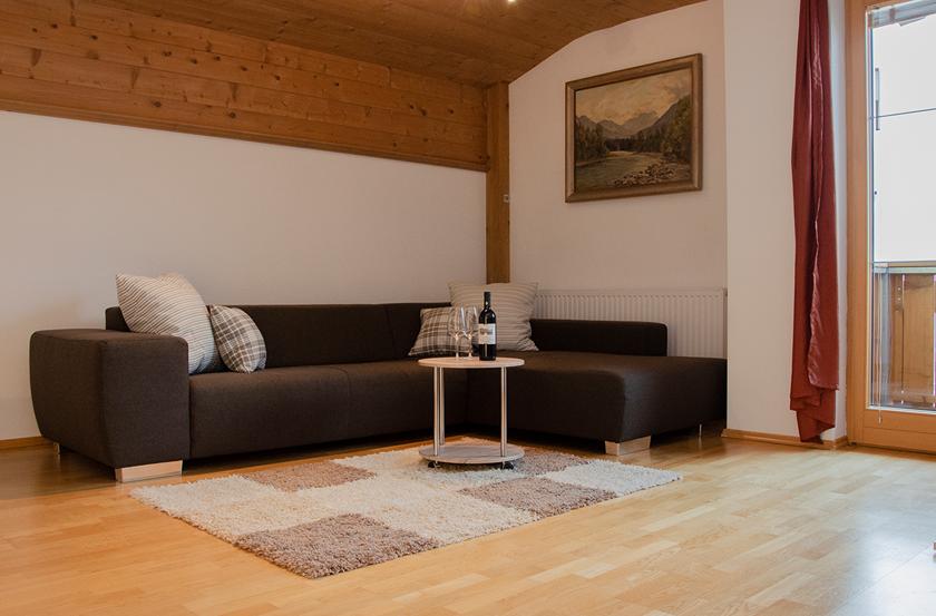 appartement_sonnenblume_esszimmer1_lechtal_appartements_holzgau_familie_ferienwohnungen_0013_DSC_0129
